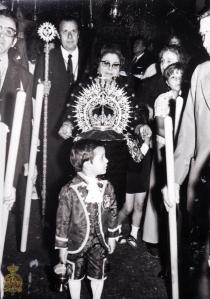 Coronación Mercedes Puerta Real 1972. Foto-Web de la Hermandad