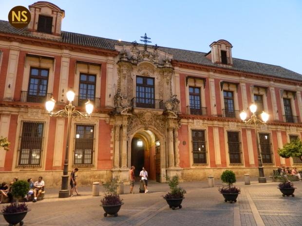 Palacio Arzobispal   Carlos Iglesia