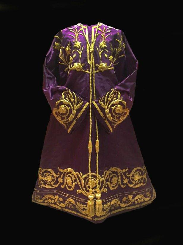 Nueva túnica para el señor de las Penas de San Roque | Hermandad San Roque