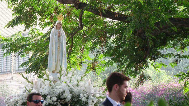 Resultado de imagen de Virgen de Fátima  Sagrario Sevilla extraordinaria